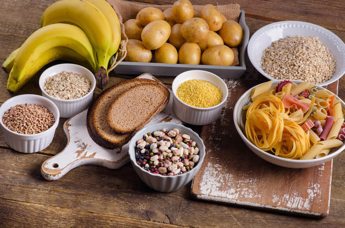Moet je nou wel of geen koolhydraten eten?
